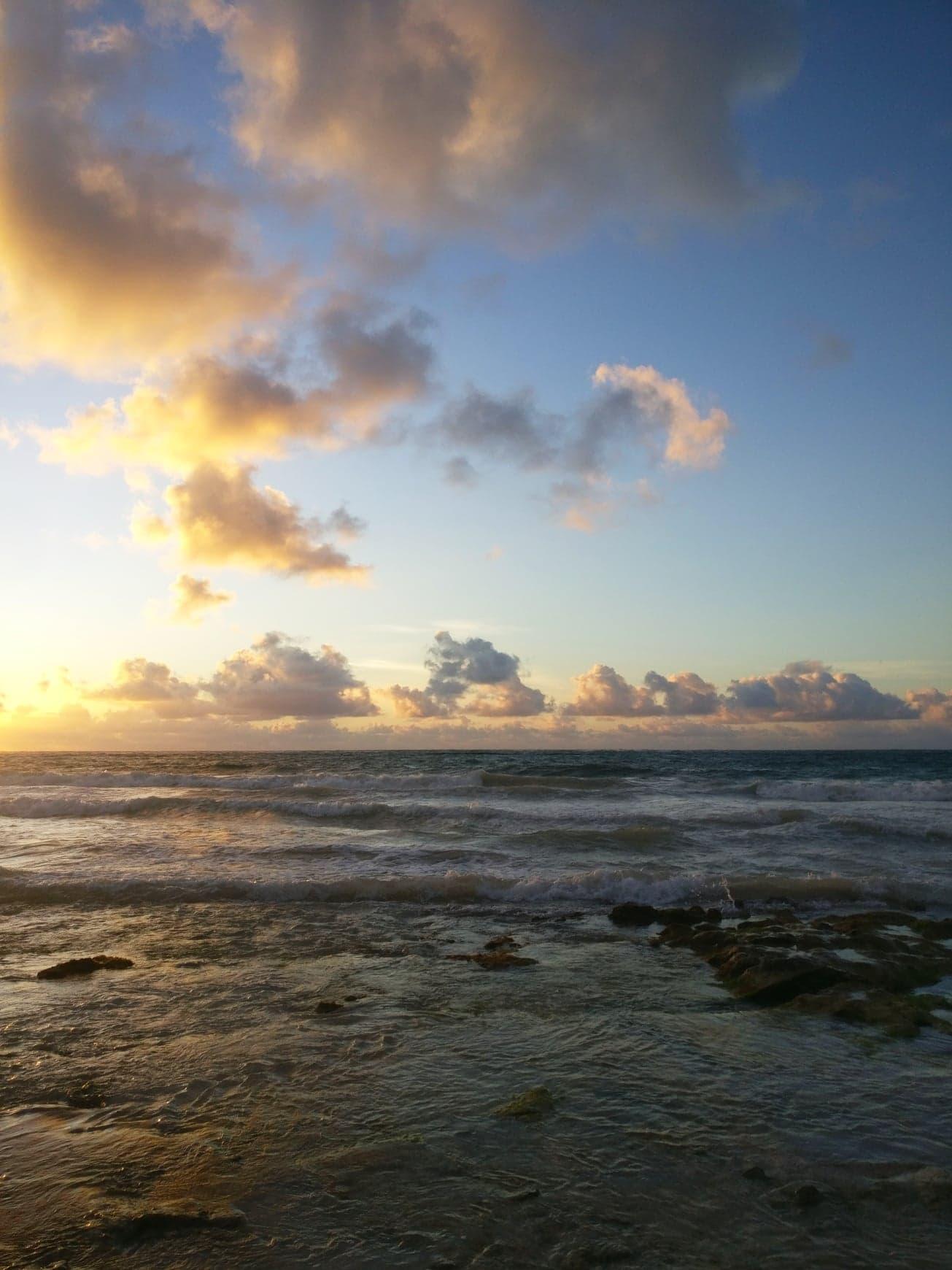 lever de soleil, tulum, mexique
